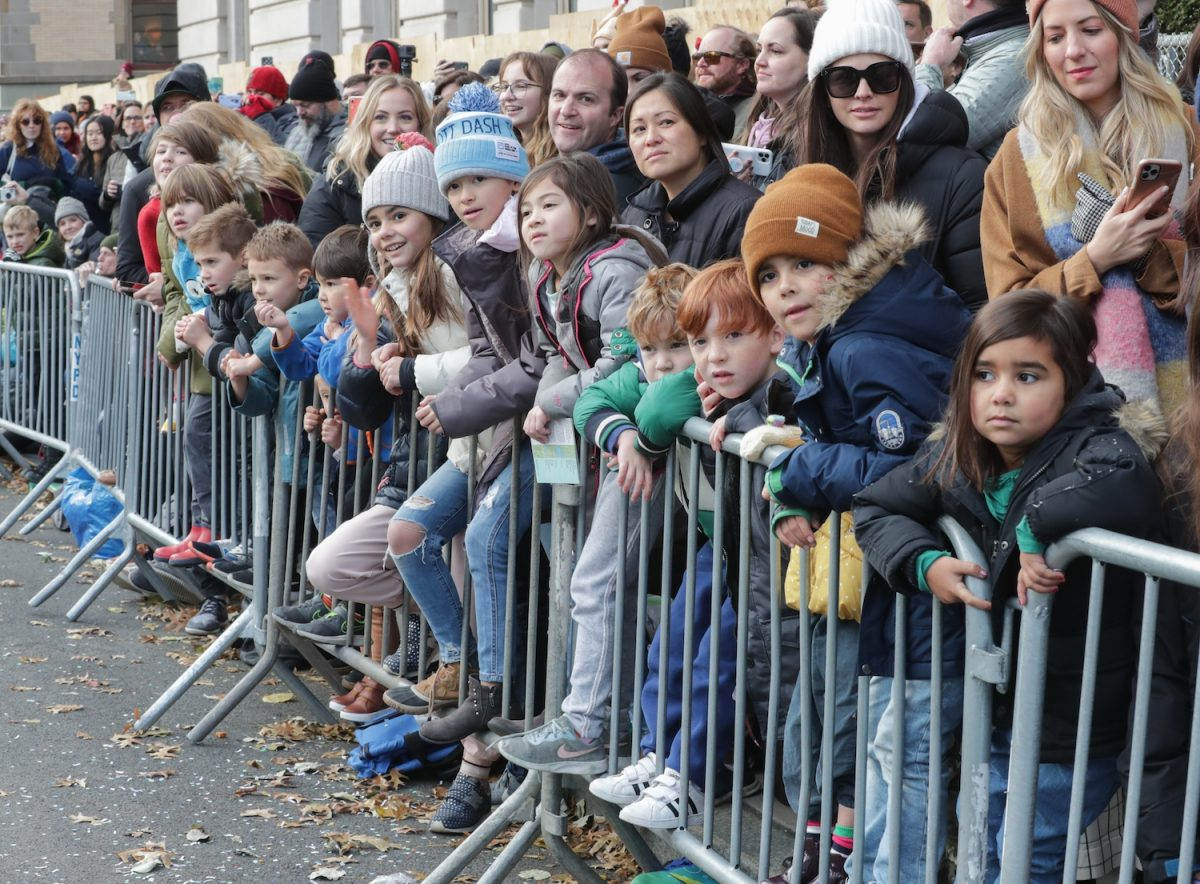 Crowds at the 2019 macy's thanksgiving day parade