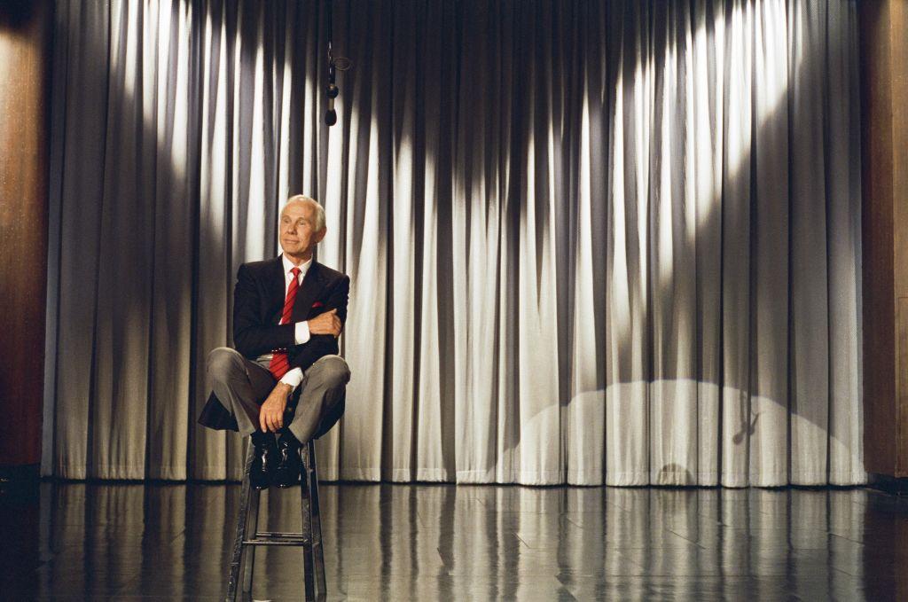Johnny Carson on the show TONIGHT BEGINS JOHNNY CARSON