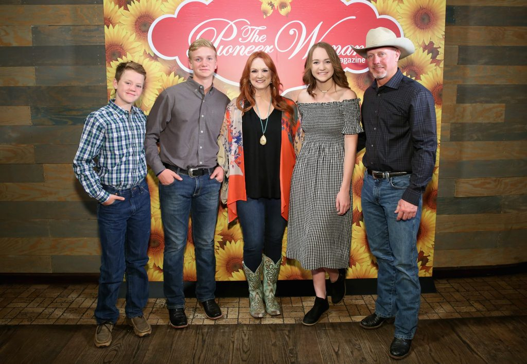 Ree Drummond with her family  Monica Schipper / Getty Images for Pioneer Woman Magazine