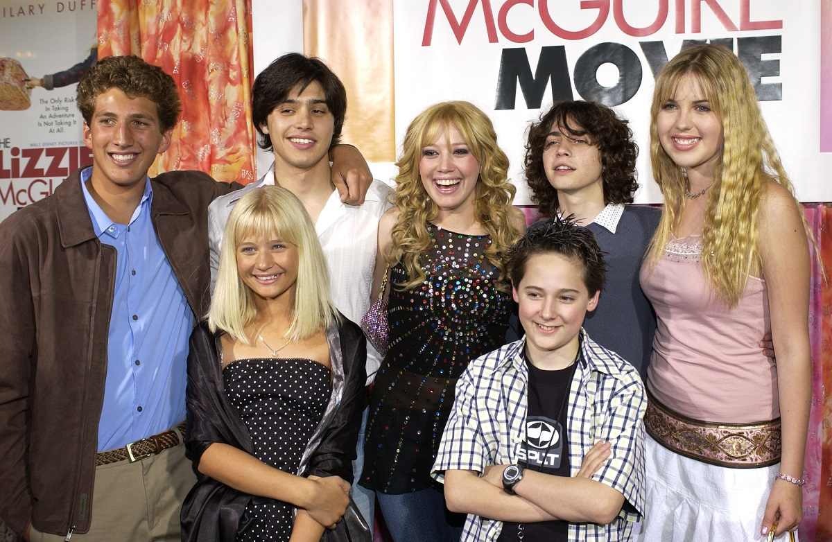 (L to R) Clayton Snyder, Yani Gellman, Carly Schroeder, Hilary Duff, Jake Thomas, Adam Lamberg, Ashlie Brillaut at the premiere of 'The Lizzie McGuire Movie'