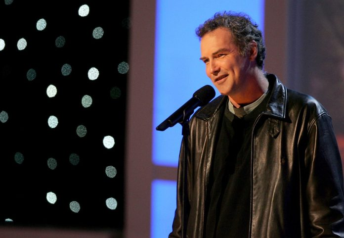 Norm Macdonald does standup comedy