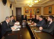 Глава Грозненского района Б. Хасиев встретился с инвесторами