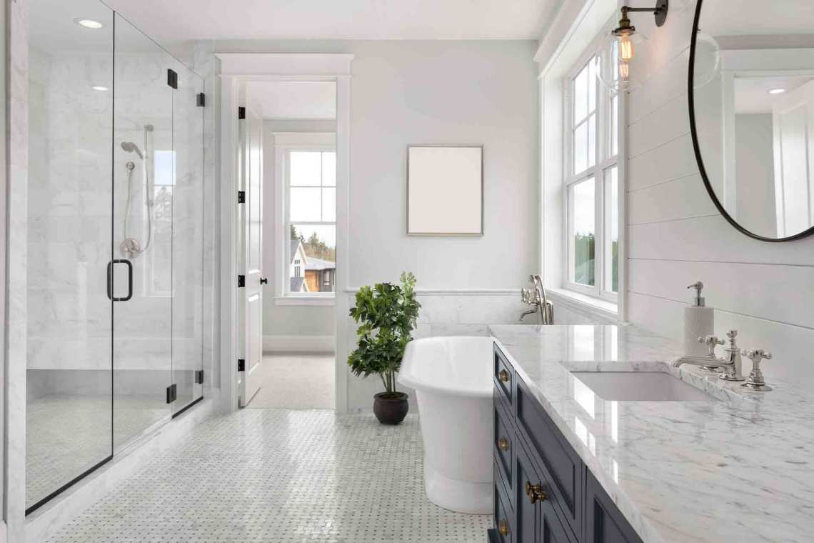 Stunning Small Ensuite Ideas and Trends for 2021 | Checkatrade