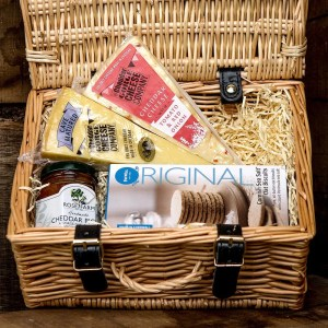 Cheddar Gorge Two Cheese Hamper