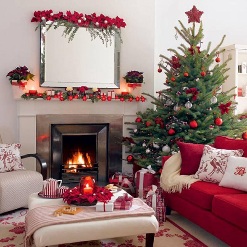 Ecco allora una carrellata di atmosfere, consigli e soluzioni per decorare la casa oltre con addobbi di natale fuori dagli schemi e trovare il vostro mood delle feste. Addobbi Di Natale Le Piu Belle Case In Una Gallery