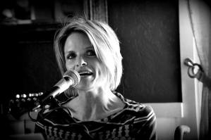 Lori Locke Band @ Crazy Craigs Cheeky Monkey Bar | Branson | Missouri | United States