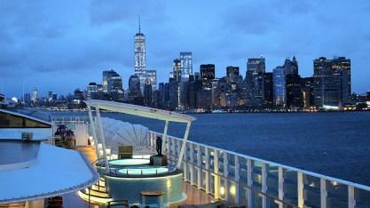 Frühes Einlaufen in New York