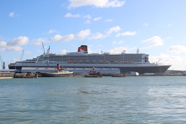 Queen Mary 2 Kurzkreuzfahrt_1_Außenansicht