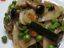 Rosa Montella: Gnocchi di riso, saltati nel wok con verdure.