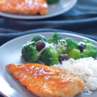 Easy Apricot Chicken { 20 Minute Dinner }
