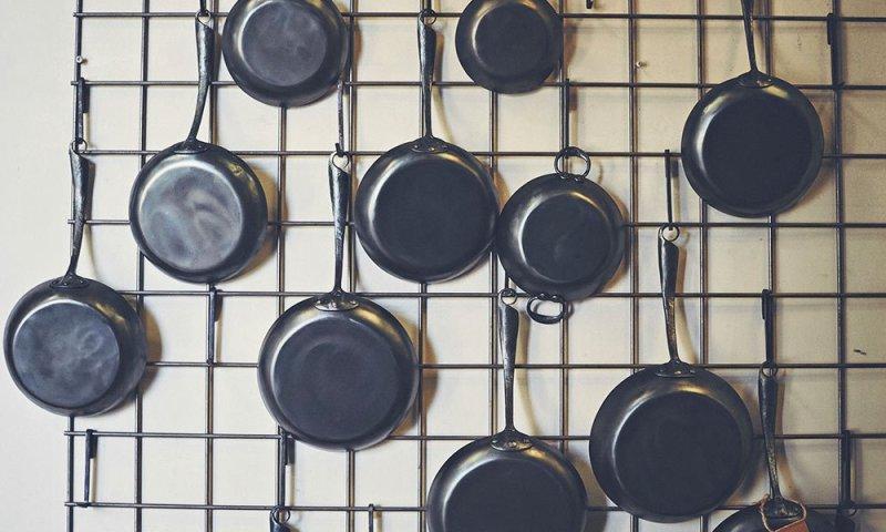 blue-skillet-ironware-CM-01
