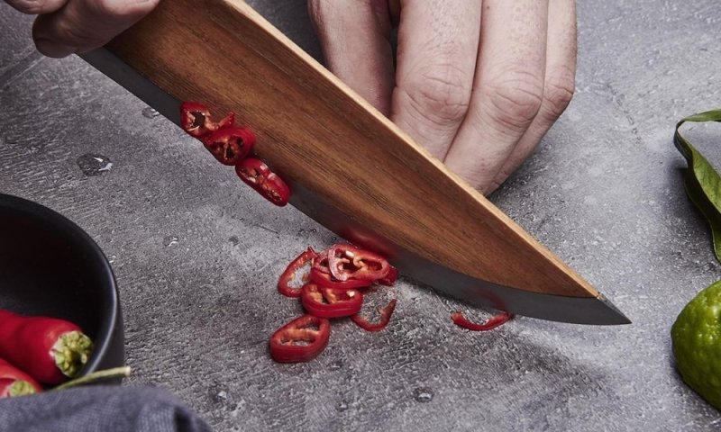 skid-wooden-chef-knife-2