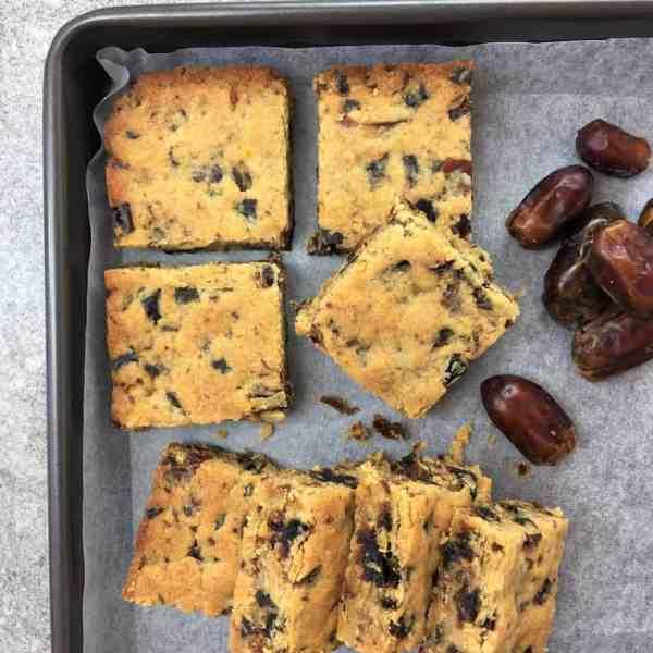 Easy Date Slice Recipe - just melt & mix