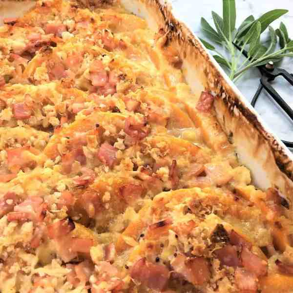 Crunchy pumpkin gratin with bacon - creamy pumpkin bake