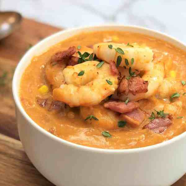Potato bacon corn soup with prawns / shrimp - a thick hearty creamy chowder without cream