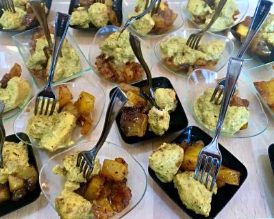 Bocconcini di pollo alle spezie  e chutney di mango