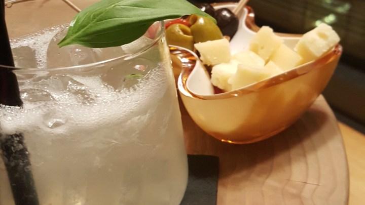 Gin Basil Smash – Einer der Drinks die man auf jeden Fall kennen sollte!!!