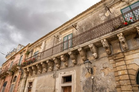 Balcone barocco più lungo del mondo a palazzolo acreide pt1