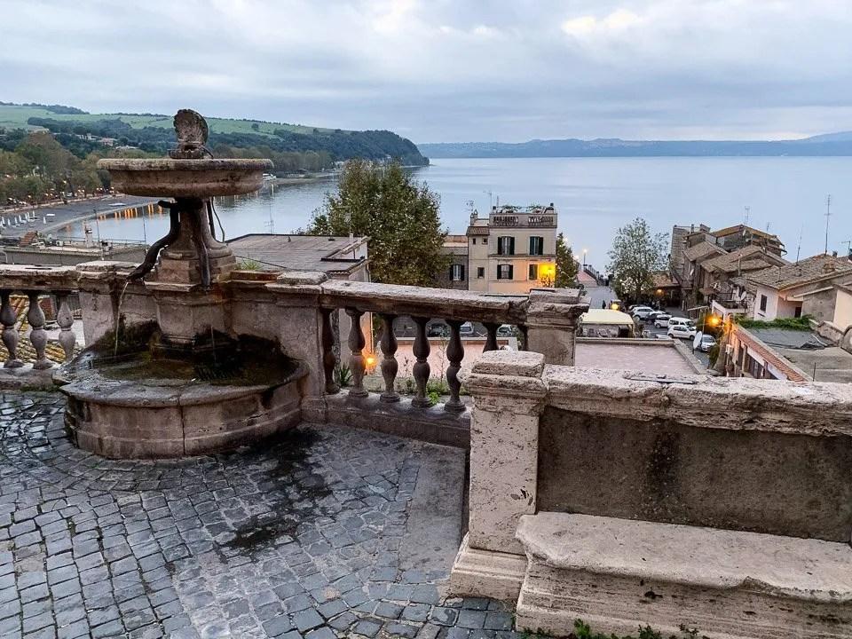 centro storico di anguillara sabazia sul lago di bracciano