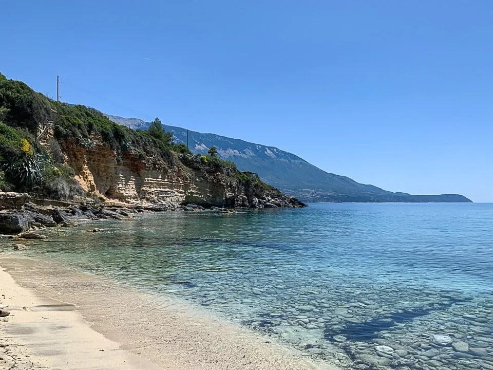 mare alla spiaggia di pessada a cefalonia