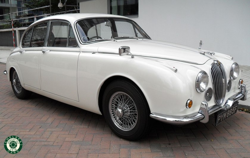 Photo 1968 Jaguar MK II 240 For Sale