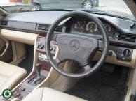 Mercedes E220 Cabriolet