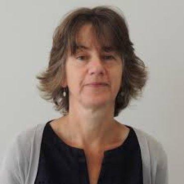 Dr Elspeth Bartlett