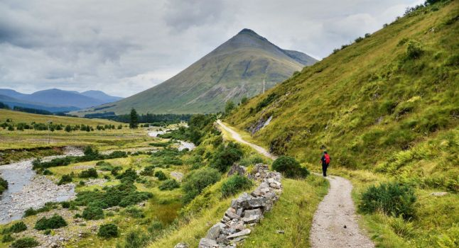 Ecosse à pied : Voici une sélection de sentiers longues distances faite par nos soins pour que vous puissiez parcourir l'Ecosse à pied.