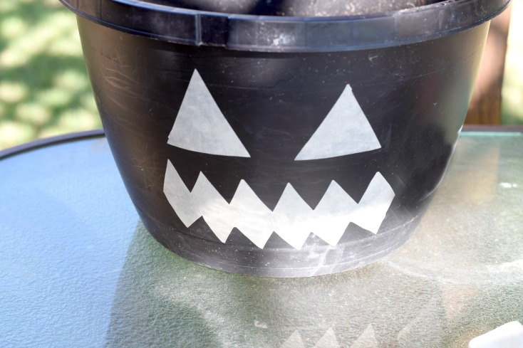 Almost Free DIY Pumpkin Planter from recycled pots that plants come in! Transform a cheap pot into a cute jack-o-lantern pumpkin planter for fall on chemistrycachet.com