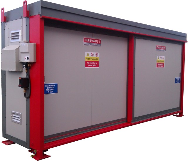 Firevault for storage of IBC with flammable liquids