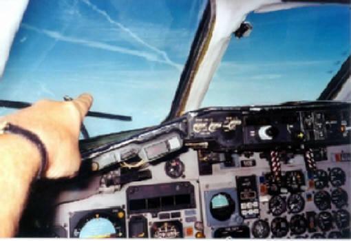 Sicht aus dem Cockpit (anderes Flugzeug, andere Situation)