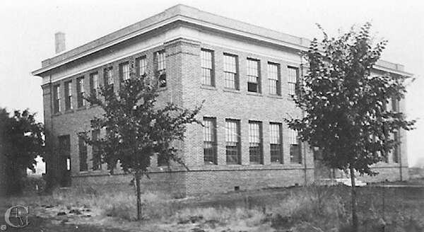 1915 Manual Arts Building