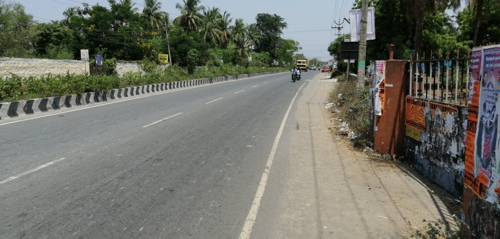 Abutting Road