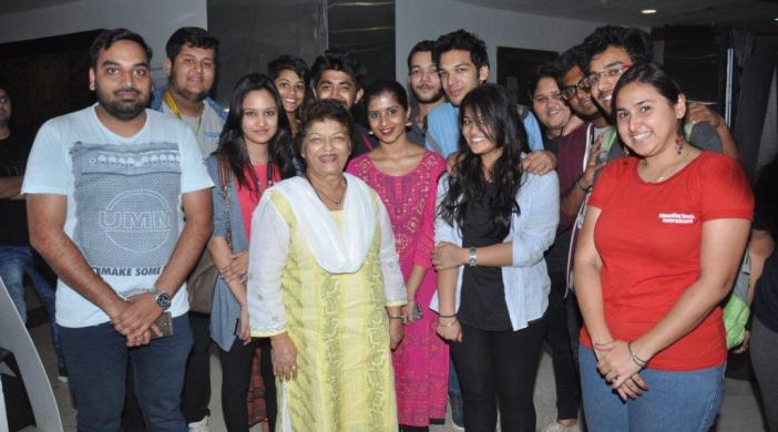 SAroj Khan with students of WWI