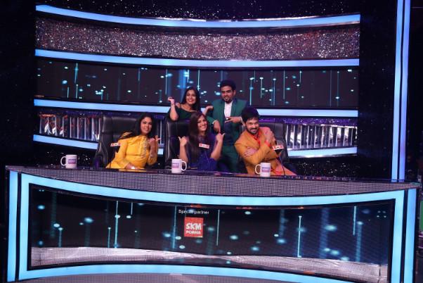 Varalaxmi Sarathkumar dance show