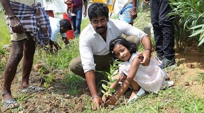CASAGRAND Builder plants 2000 saplings