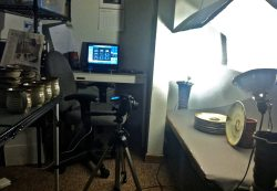 Shooting Photography of Pottery in the Office, Wedding Registry