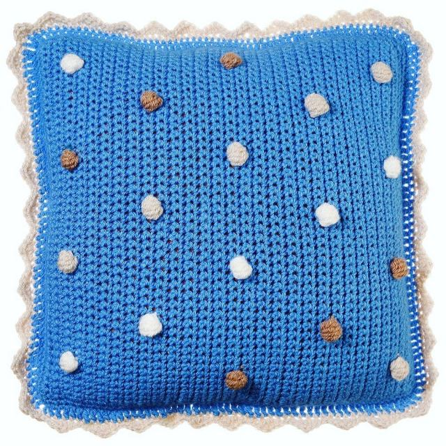 This cushion has gone to its new home today frogmakeshellip