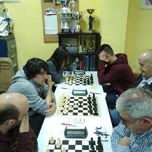Martín Duque líder en solitario tras la quinta ronda