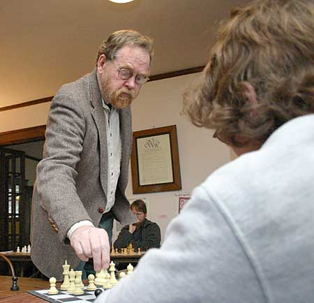 https://i1.wp.com/www.chessmaniac.com/Clubs/uploaded_images/Doug-Grant-757680.jpg