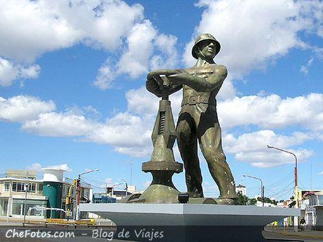 El Gorosito, estatua de Caleta Olivia
