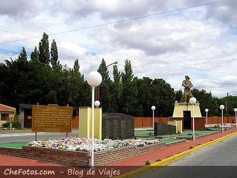 Plazas y Monumentos, Luis Piedrabuena