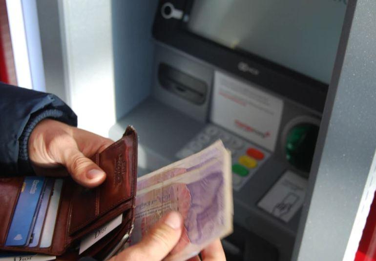 Retirar dinero del cajero en Brasil