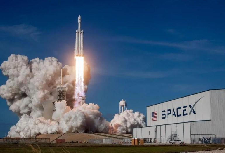 SpaceX Satelites Satlink