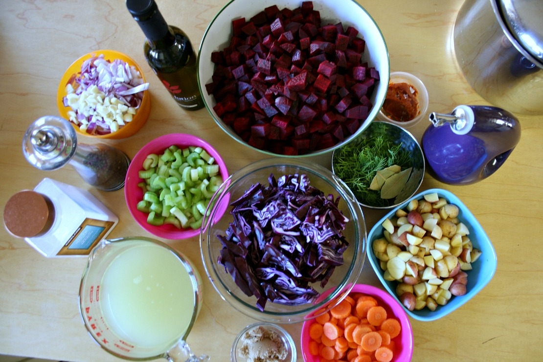 how to cook fresh beet soup