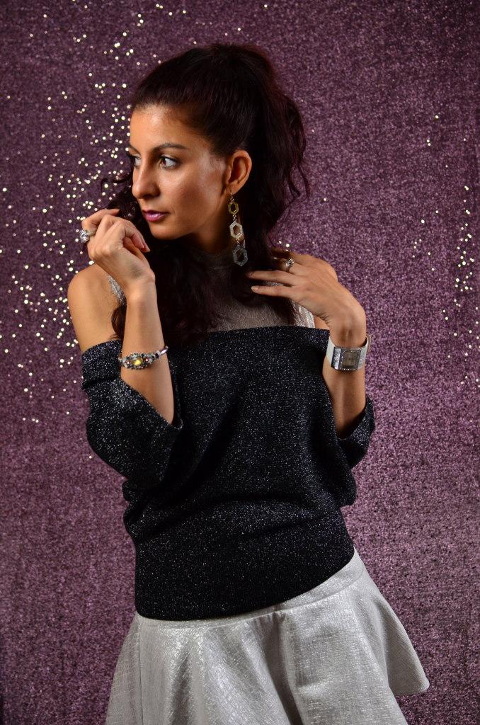 Silver Metallic mini skirt-4 tips how to style your metallic skirt this fall