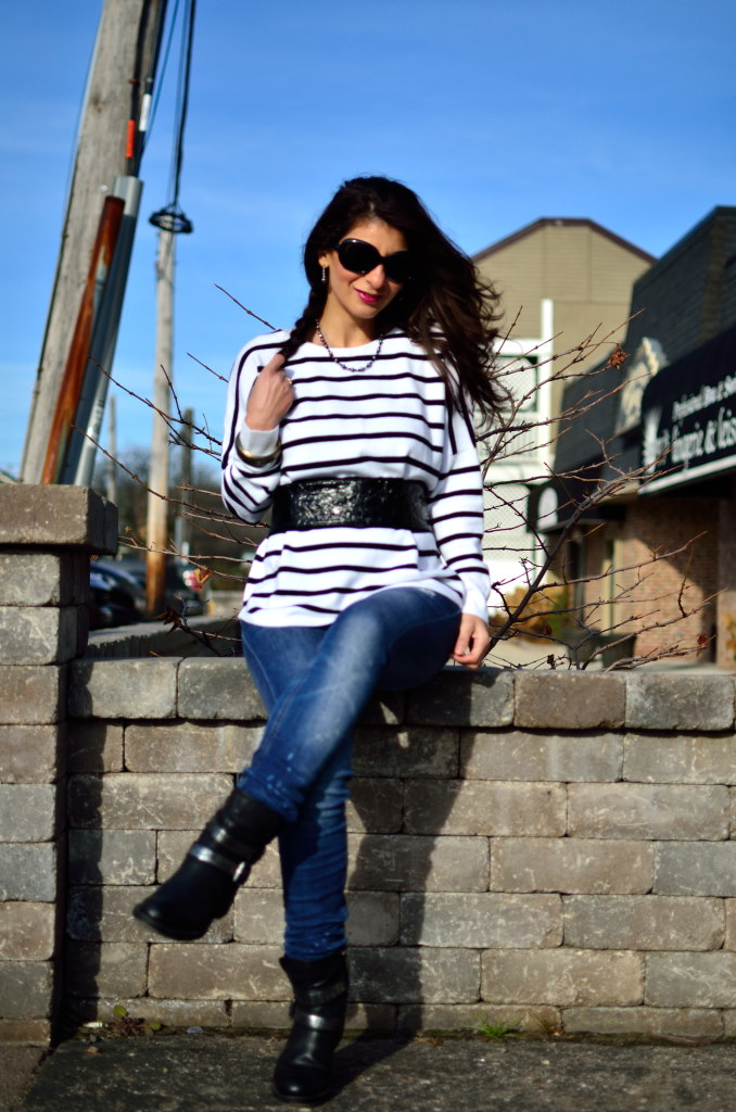 White and black striped sweater-Simple tricks on how to wear striped