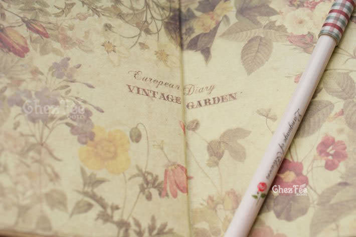 cahier-agenda-stylo-fleur-chezfee