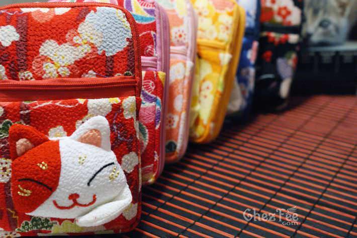 porte-appareil-monnaie-maneki-neko-chat-japonais-kawaii-chezfee