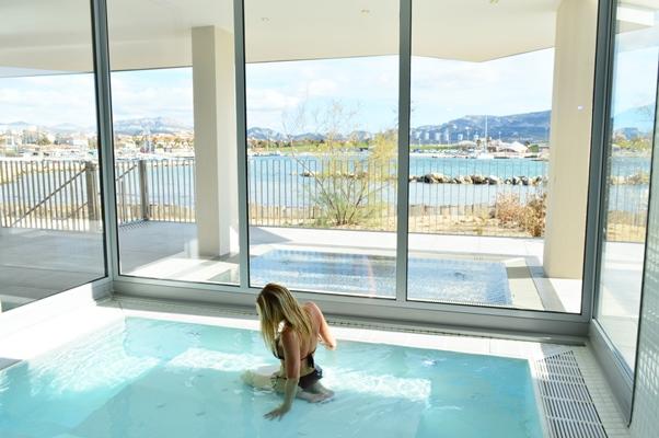 spa NHow Marseille